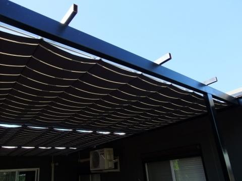 Pleated patio shade